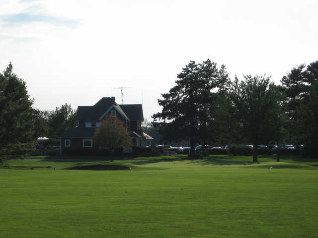 A view of the 9th green at Lincoln Hills Golf Club