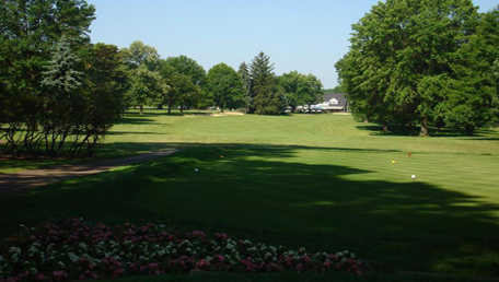 A view of tee #18 at Butler Country Club
