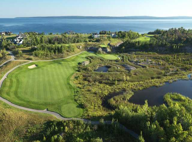 The Quarry at Bay Harbor: Aerial view of the 6th hole