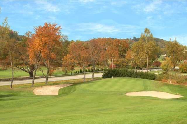 A view of hole #1 flanked by bunkers at Pleasant Valley Golf Club