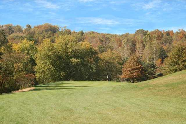 A view of the 6th green at Pleasant Valley Golf Club
