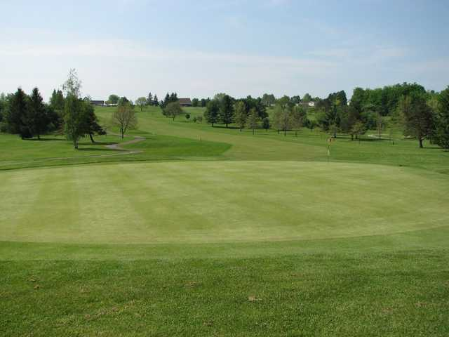 A view of the 1st hole at North Hills Golf Club