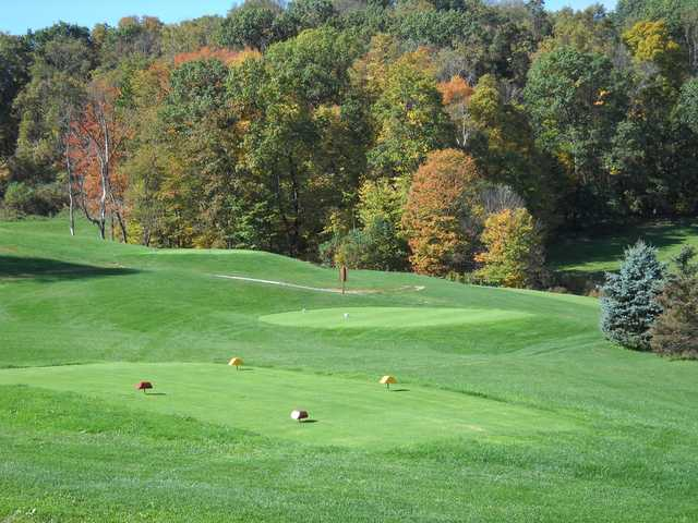 A view of a tee at White Oak Golf Course