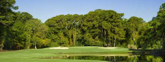 A view of a green from Clipper at Shipyard Golf Club