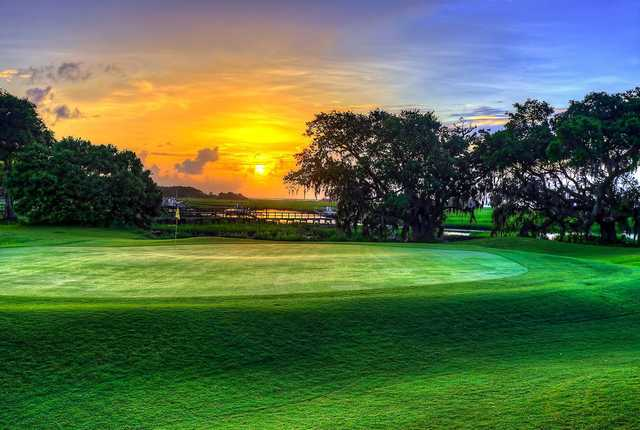 A view of the 4th green at Charleston National Golf Club