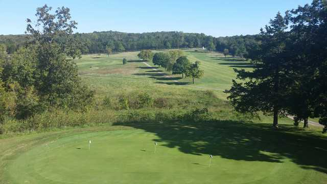 View of the putting green at Pomme De Terre's Shadow Lake Golf Course