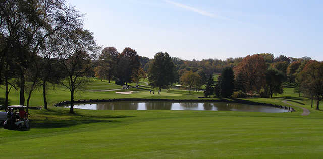 A view of a green with water coming into play at Westmoreland Country Club