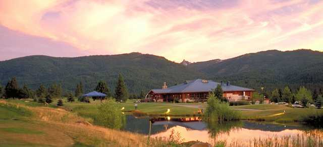 A view of the clubhouse at Mount Shasta Resort