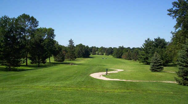A view of a tee at Delbrook Golf Club