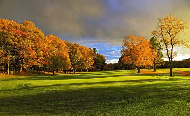 A splendid fall day view of a green at Peninsula State Park Golf Course