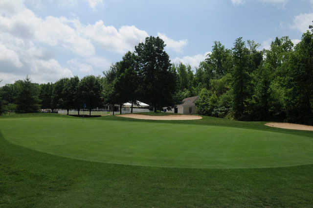 A view of the 18th green at Lee's Hill Golf Club