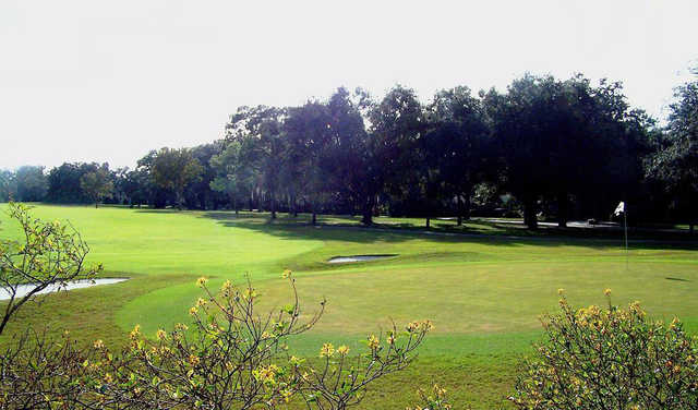A view of green #10 at Temple Terrace Golf & Country Club