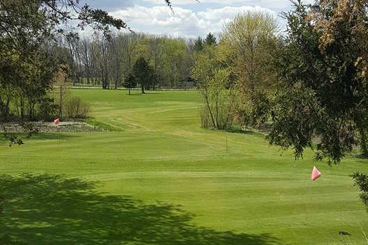 A sunny day view from Lake Beulah Country Club