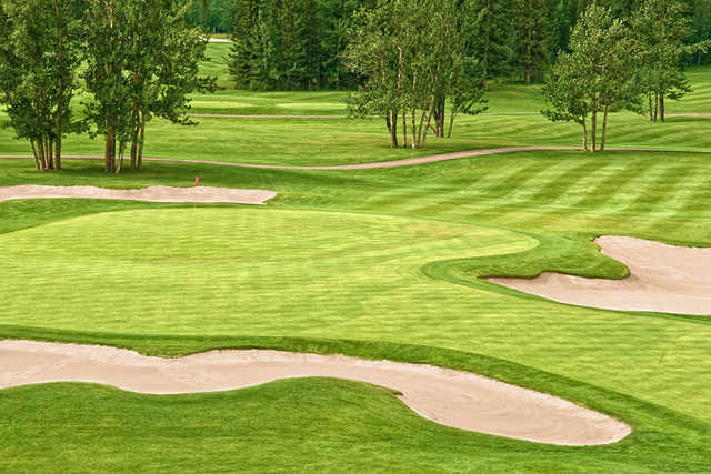 A view of a well protected hole at Thunder Bay Country Club