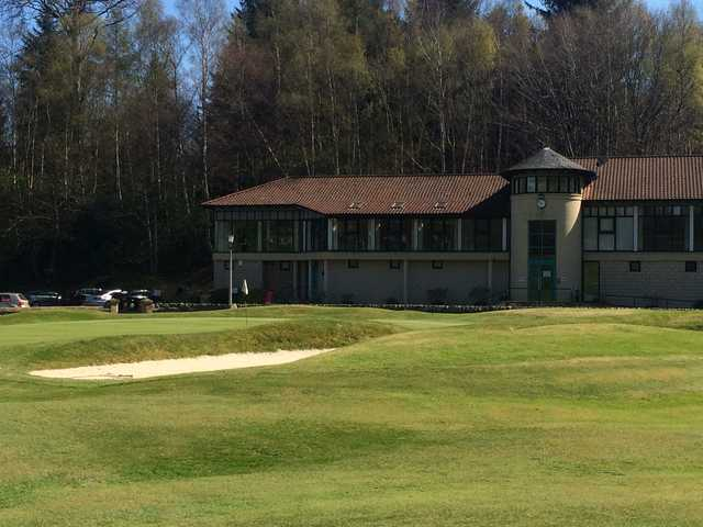 A view of the finishing hole and the clubhouse at Balbirnie Park Golf Course