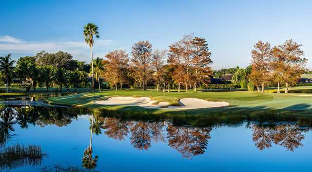 A view of green #7 at Fazio Course from PGA National Resort & Spa (Brian Oar/Fairways Photography).