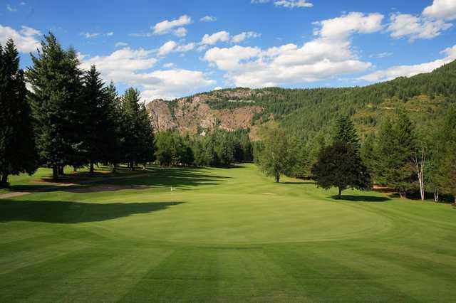 A view of the 18th green at Castlegar Golf Club.