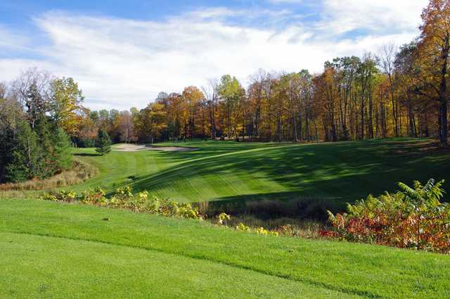 A fall day view from Club de Golf Fairmont Le Chateau Montebello