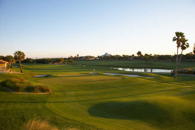 A view of a green with water coming into play at Oceanside Golf & Country Club