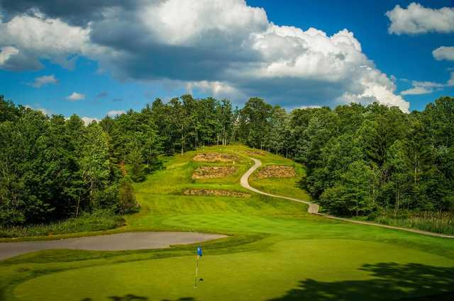 A view of a hole from Stonehaven Course at Glade Springs Village.