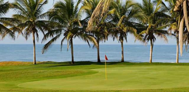 A view of a green at Estrella del Mar Golf and Beach Resort