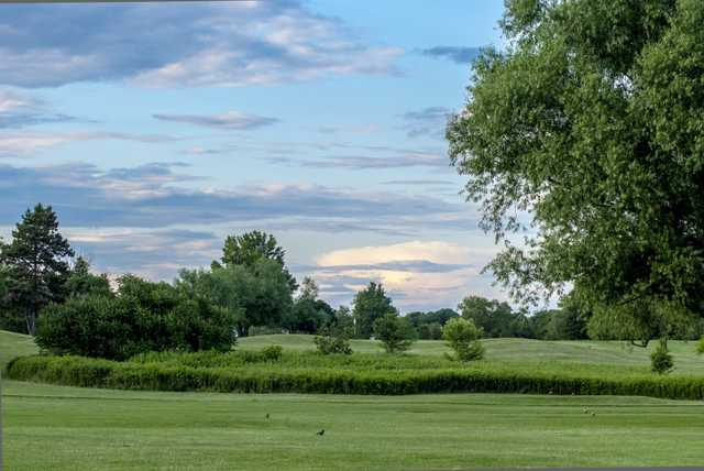A view of a tee at Landis Creek Golf Club