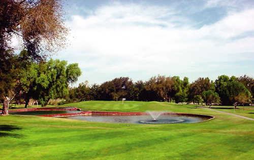 A view of the 6th green at Tracy Golf & Country Club