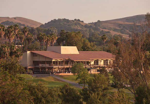A view of the clubhouse at Los Angeles Royal Vista Golf Club.