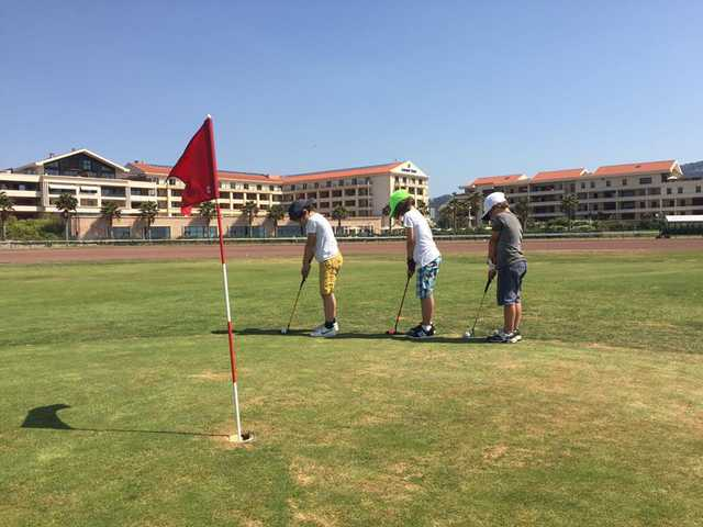 A view of a hole at DailyGolf Marseille Borely