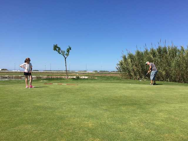 A view of a green at DailyGolf Marseille Borely