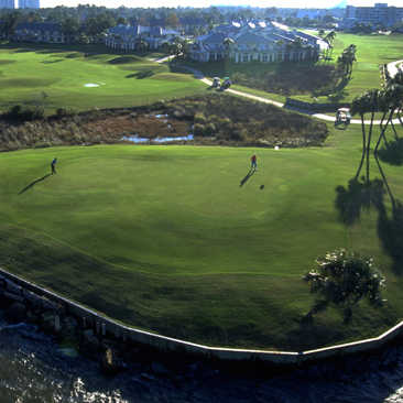 Final green at Sandestin Golf and Beach Resort - Links Course