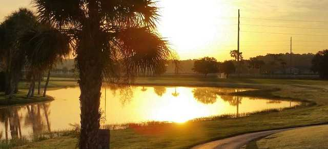 A sunny day view over the water from Country Club of Sebring