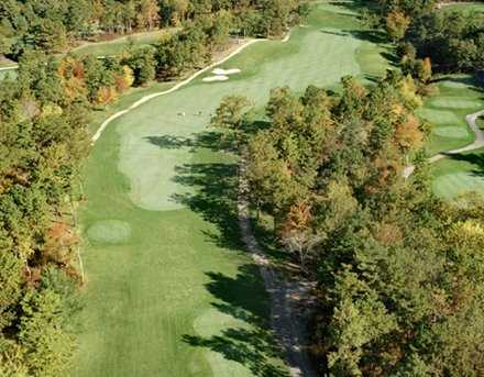 Aerial view of the 8th hole at Atlantic Country Club