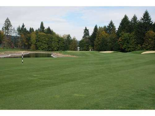 A view of the 15th fairway at Chehalem Glenn Golf Club