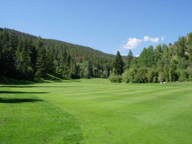 A view of the 18th fairway at EagleVail Golf Club.