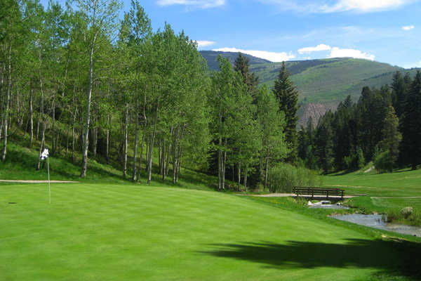 A view of green #16 at EagleVail Golf Club.