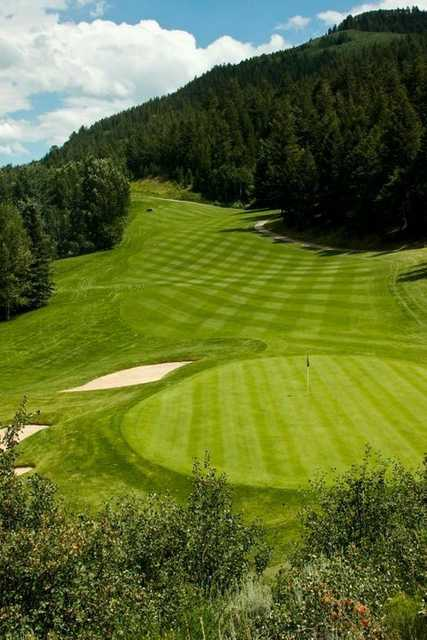 A view of the 9th hole at EagleVail Golf Club.