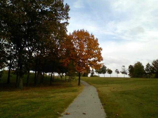 A fall day view from the cart path at Mountain View Golf Course
