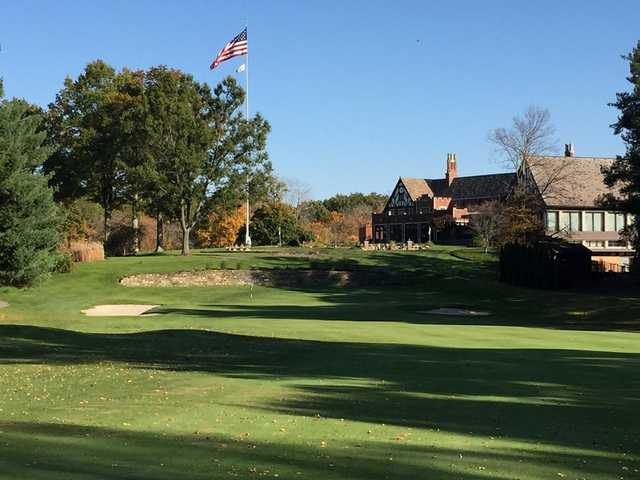 A view of a hole and the clubhouse in background at Youngstown Country Club