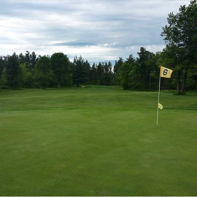 A view of the 9th hole at Black Bear Golf Club
