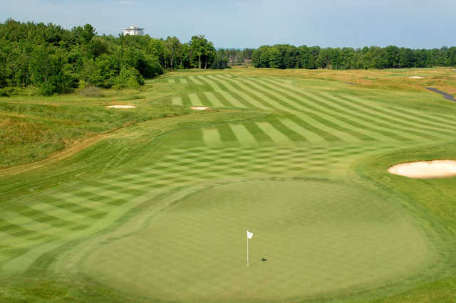 A view of the 14th green at Turning Stone - Shenendoah Golf Club