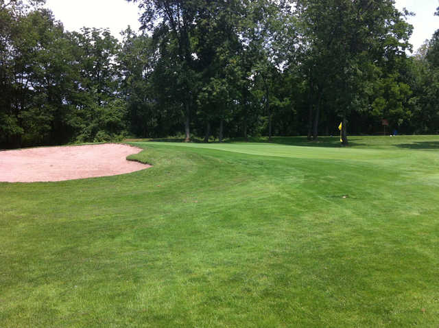 A view of green #6 at Rolling Meadows Golf and Country Club