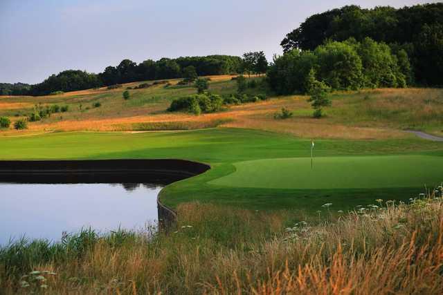 View of the 1st hole from the International Course at London Golf Club