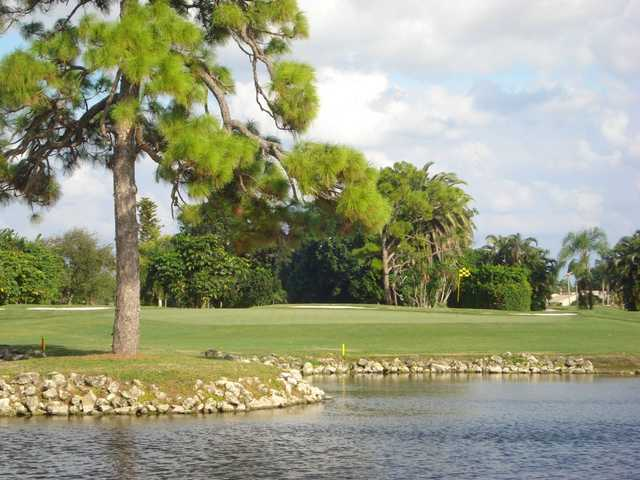 A view of the hole #10 at Cypress Creek Country Club