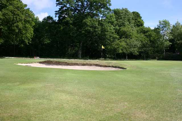 One of the many greenside bunkers at Minto Golf Club