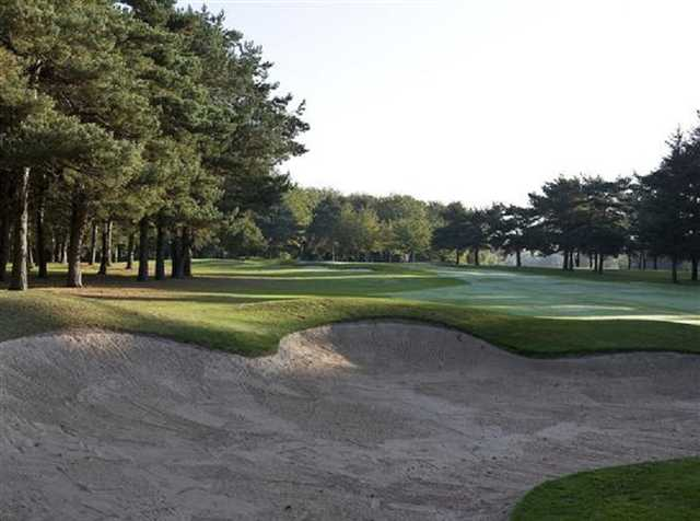 Bunkers on the second hole at Stockport