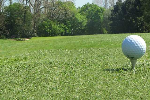 A golf ball tee shot of the 10th hole on Stanton
