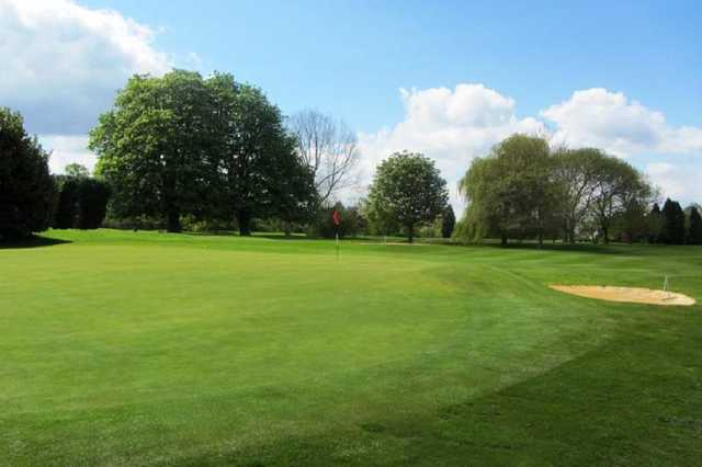 View of the 1st green at Stanton-on-the-Wolds Golf Club