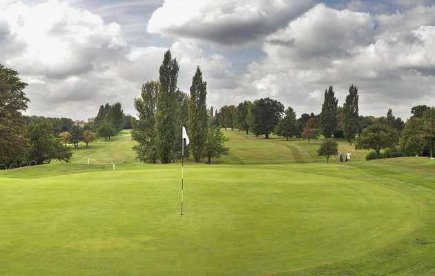 The 6th hole at North Middlesex Golf Club