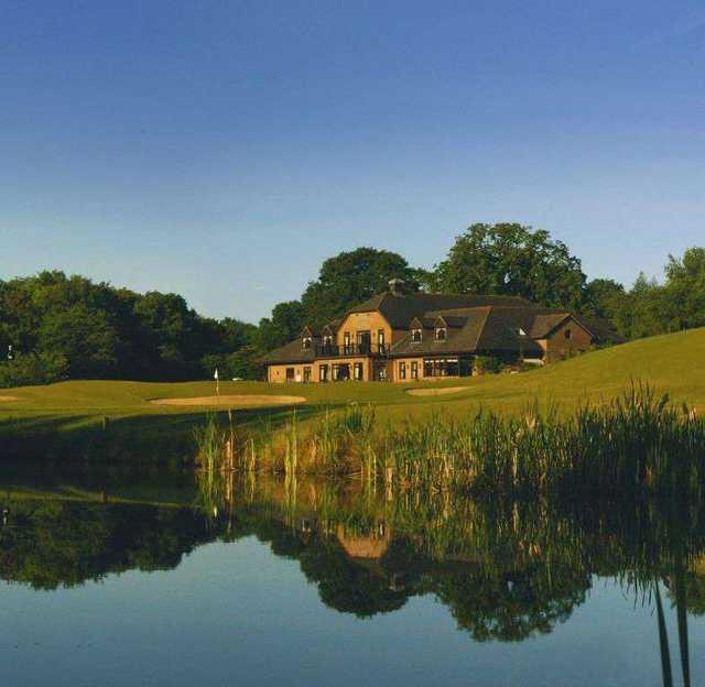 Chobham Golf Club - Clubhouse